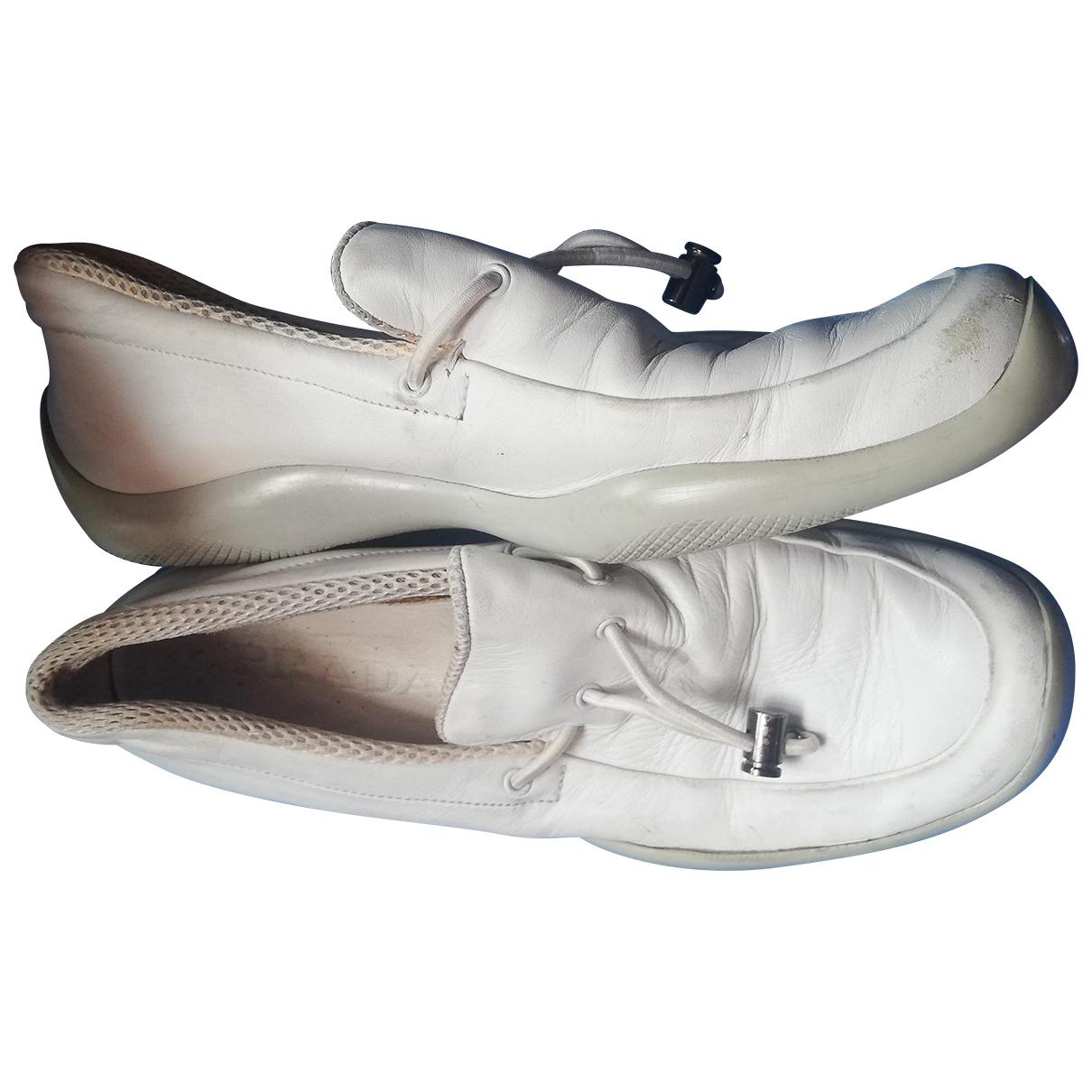 Prada - Baskets   pour femme en cuir - blanc