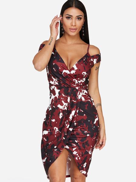 Yoins Burgundy Deep V Neck Random Camouflage Print Cold Shoulder Slit Hem Dress