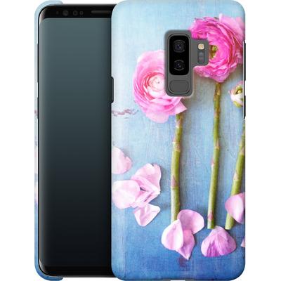 Samsung Galaxy S9 Plus Smartphone Huelle - Cottage Flowers von Joy StClaire