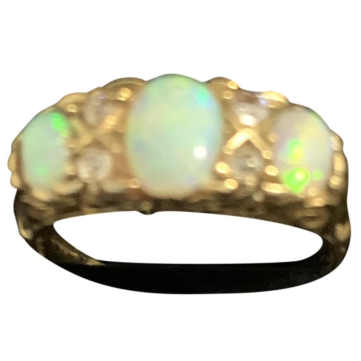 - Bague Opale pour femme en or jaune