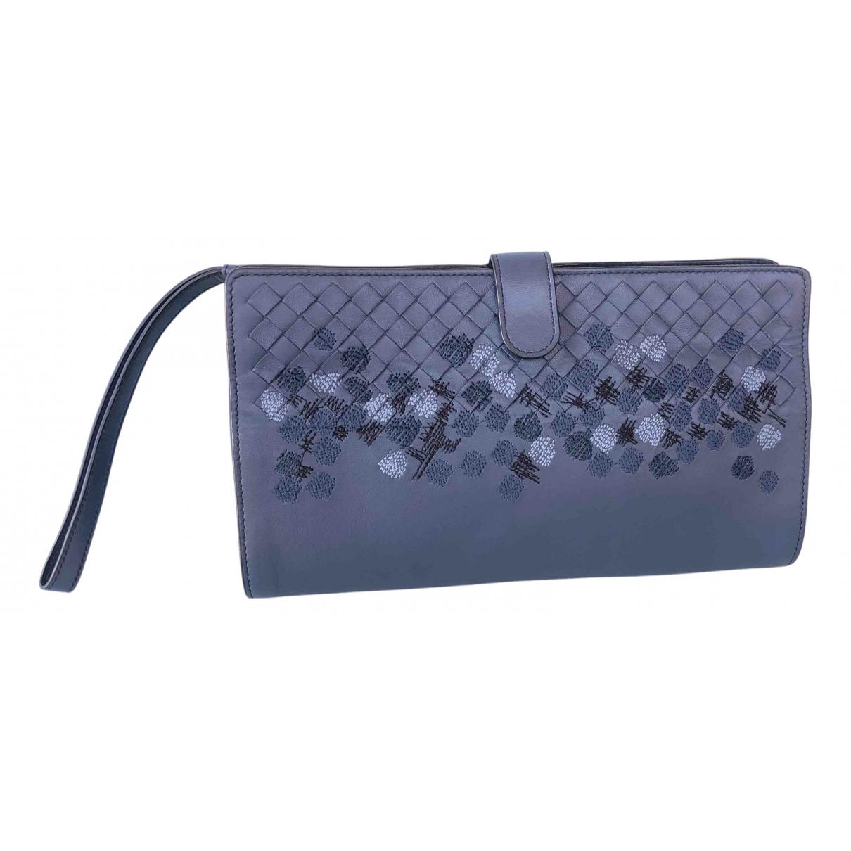 Bottega Veneta N Blue Leather Clutch bag for Women N