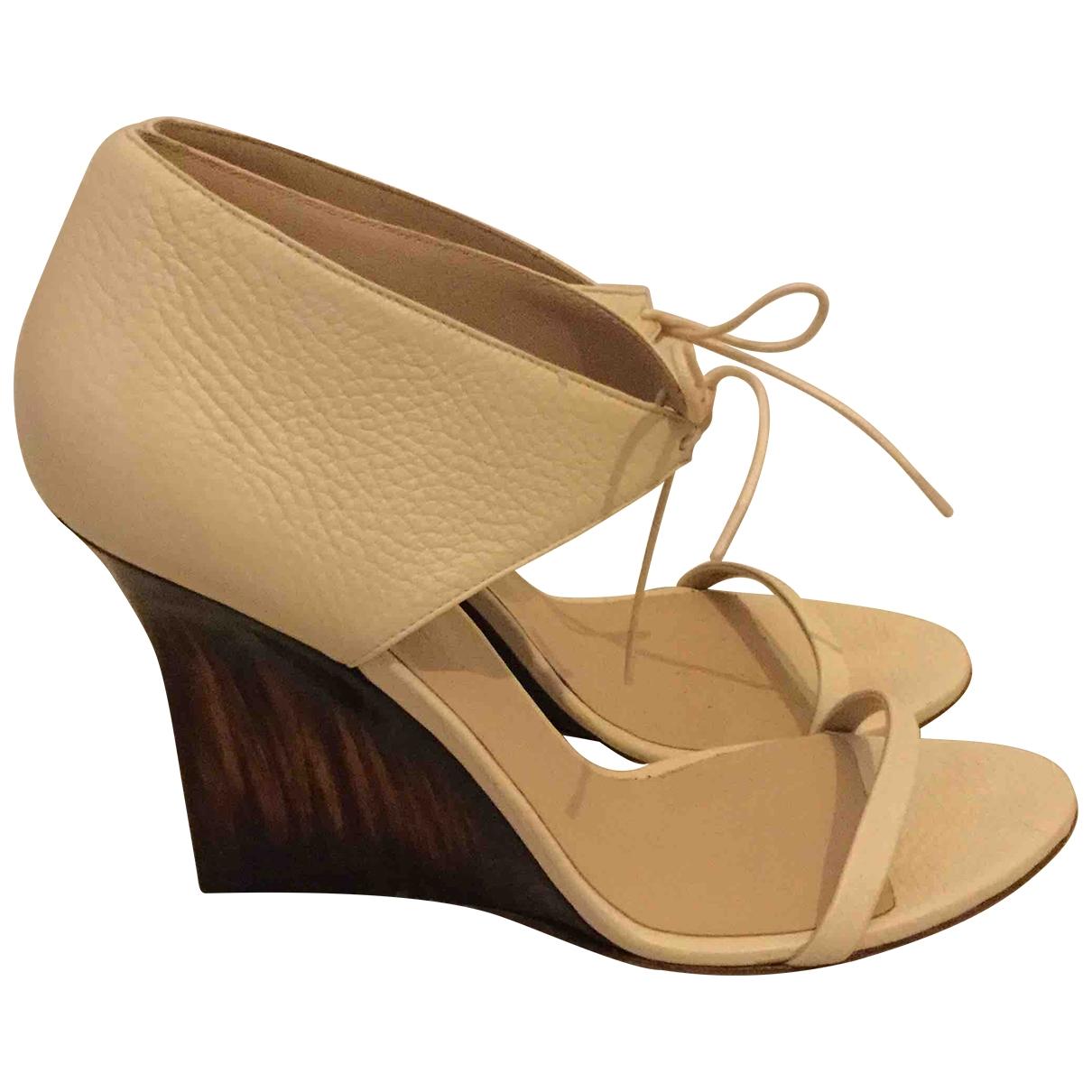 Burberry - Sandales   pour femme en cuir - beige