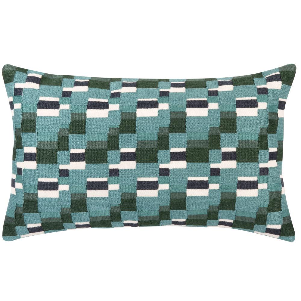 Kissenbezug aus Baumwolle, gruen, mit  Stickmuster in Blau und Weiss 50x30