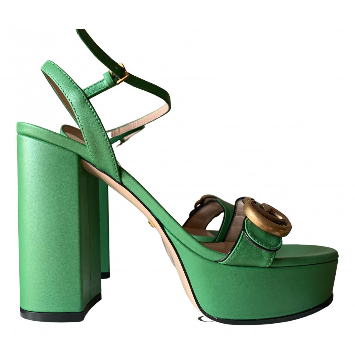 Gucci Marmont Sandalen in  Gruen Leder