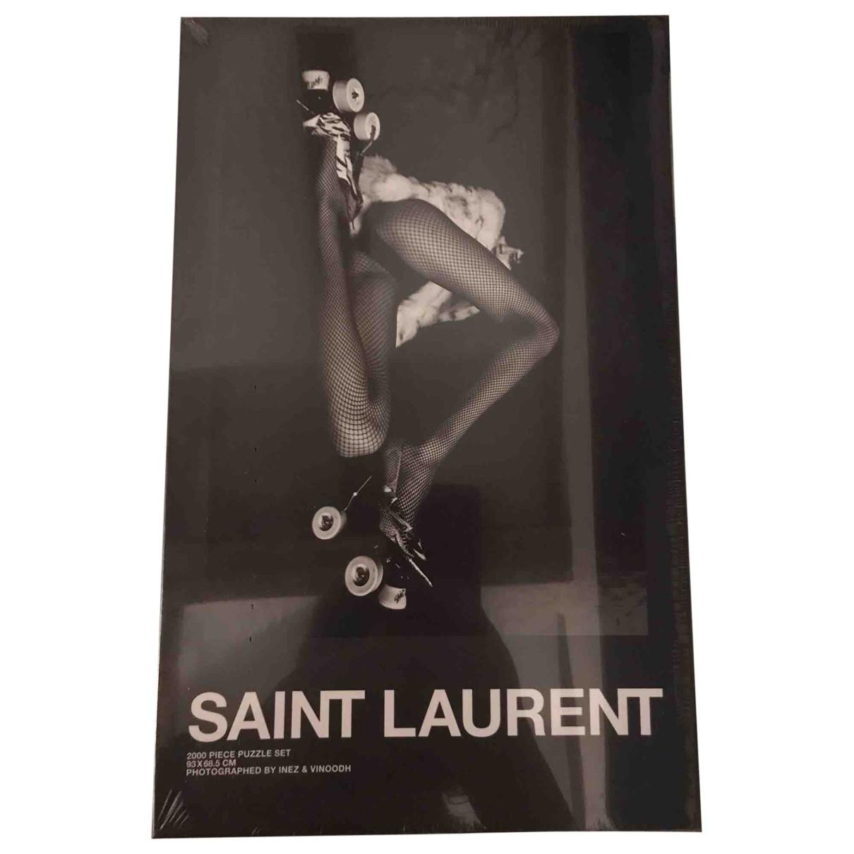 Objeto de decoracion Saint Laurent