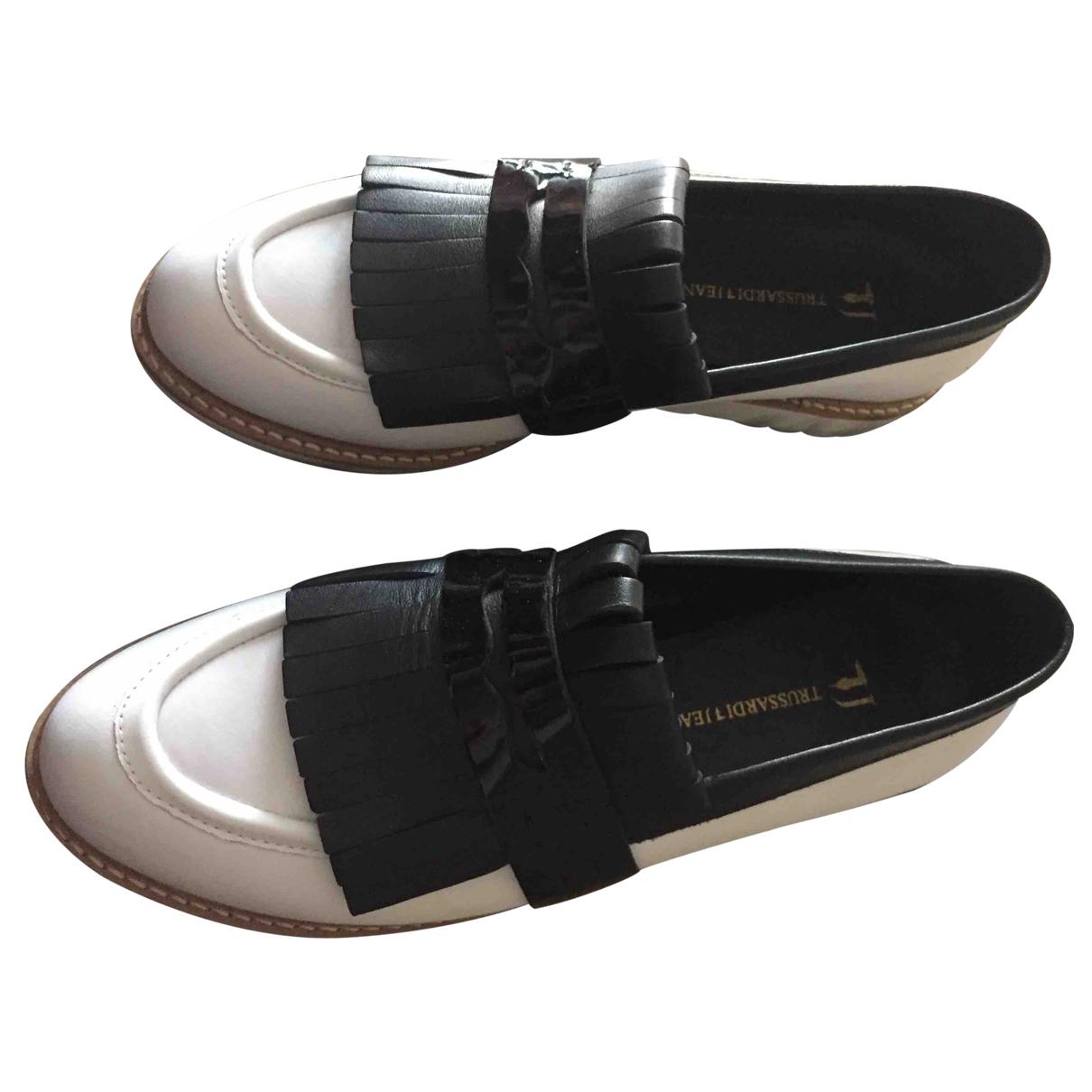 Trussardi N White Leather Flats for Women 37 EU