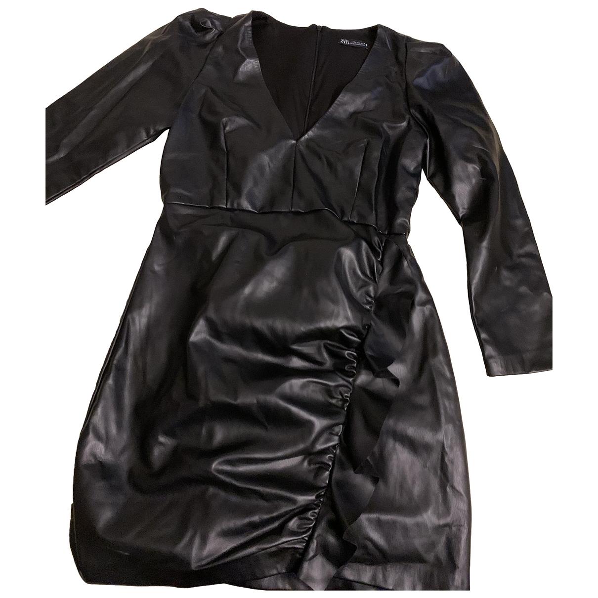 Vestido midi de Cuero Zara