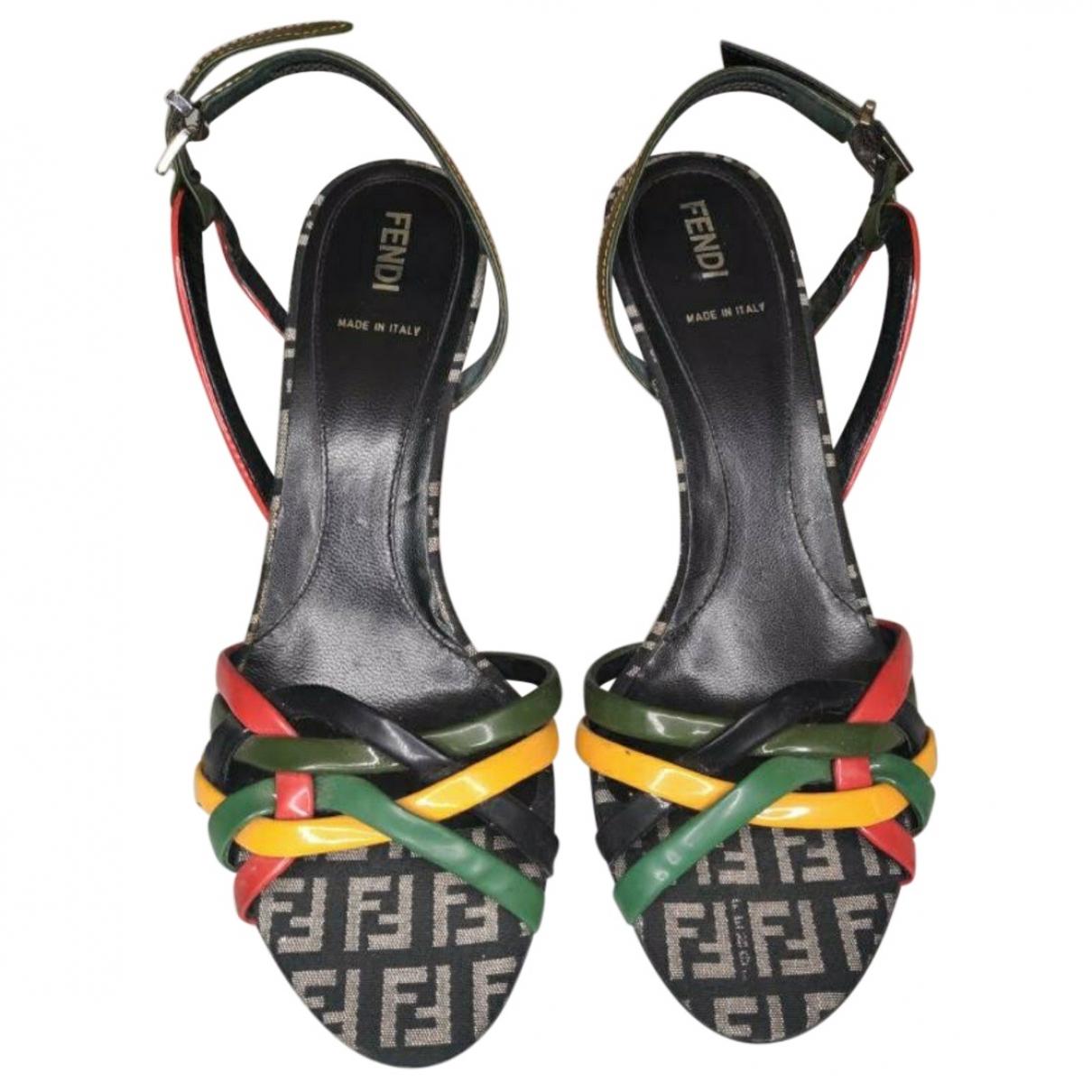 Fendi \N Sandalen in  Schwarz Kunststoff