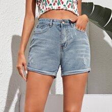 Jeans Shorts mit Tasche auf den Seiten und Rissen
