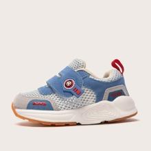 Kleinkind Maedchen Sneakers mit Farbblock