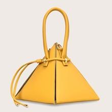 Bolsa cartera con piramide con cordon