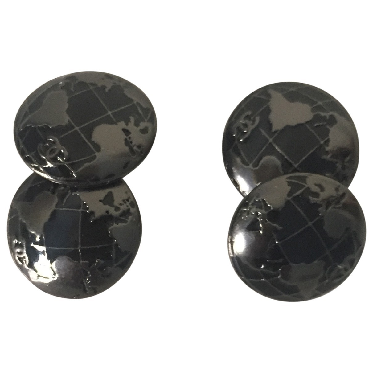 Chanel \N Black Metal Cufflinks for Men \N