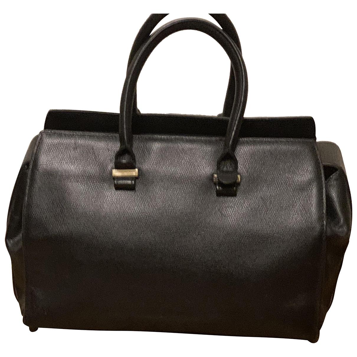 Victoria Beckham Victoria Handtasche in  Schwarz Leder