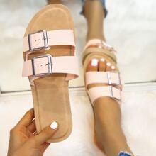 Sandalen mit Ose Schnalle Dekor