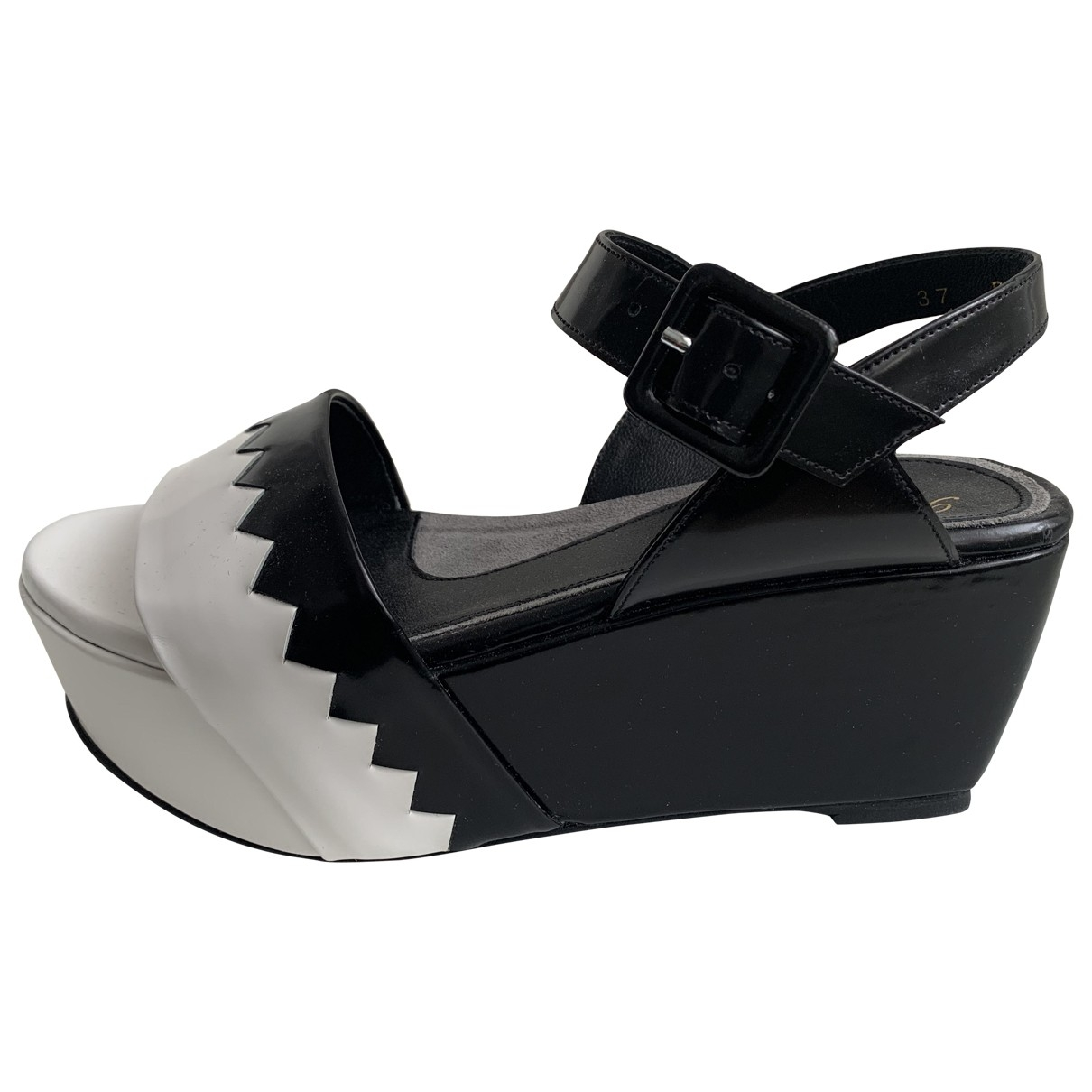 Robert Clergerie \N Black Leather Sandals for Women 37 EU