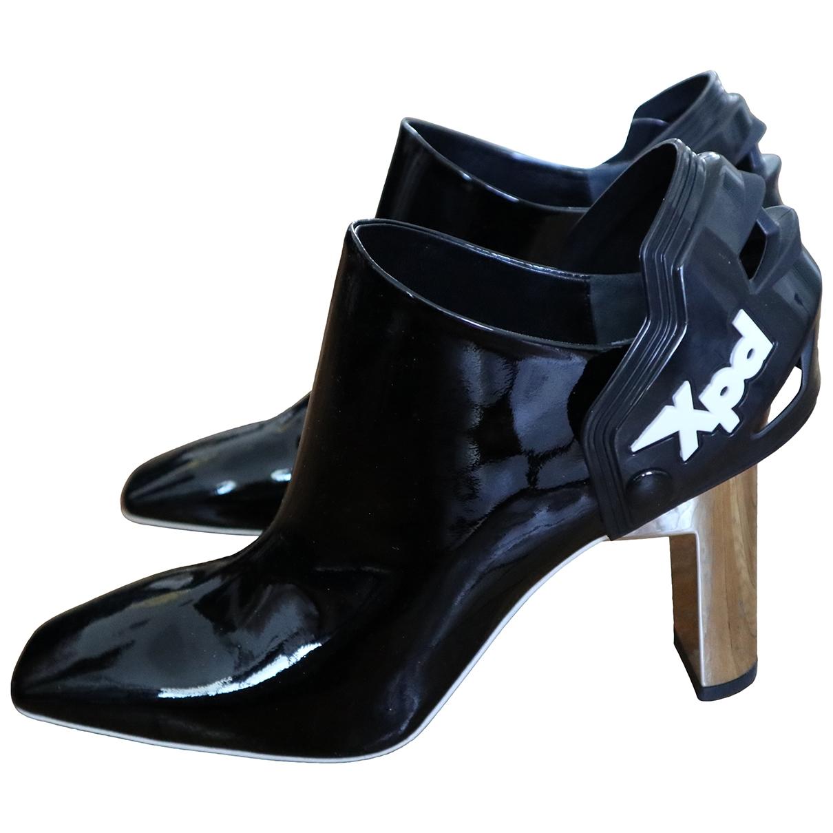 Alyx - Boots   pour femme en cuir verni - noir
