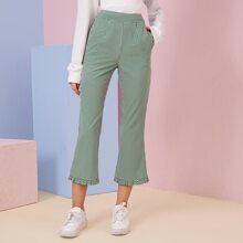 Hose mit Karo Muster, Rueschen und ausgestelltem Beinschnitt