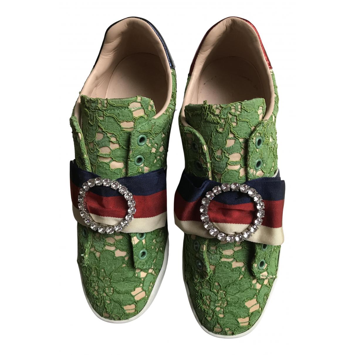 Gucci \N Sneakers in  Gruen Leder