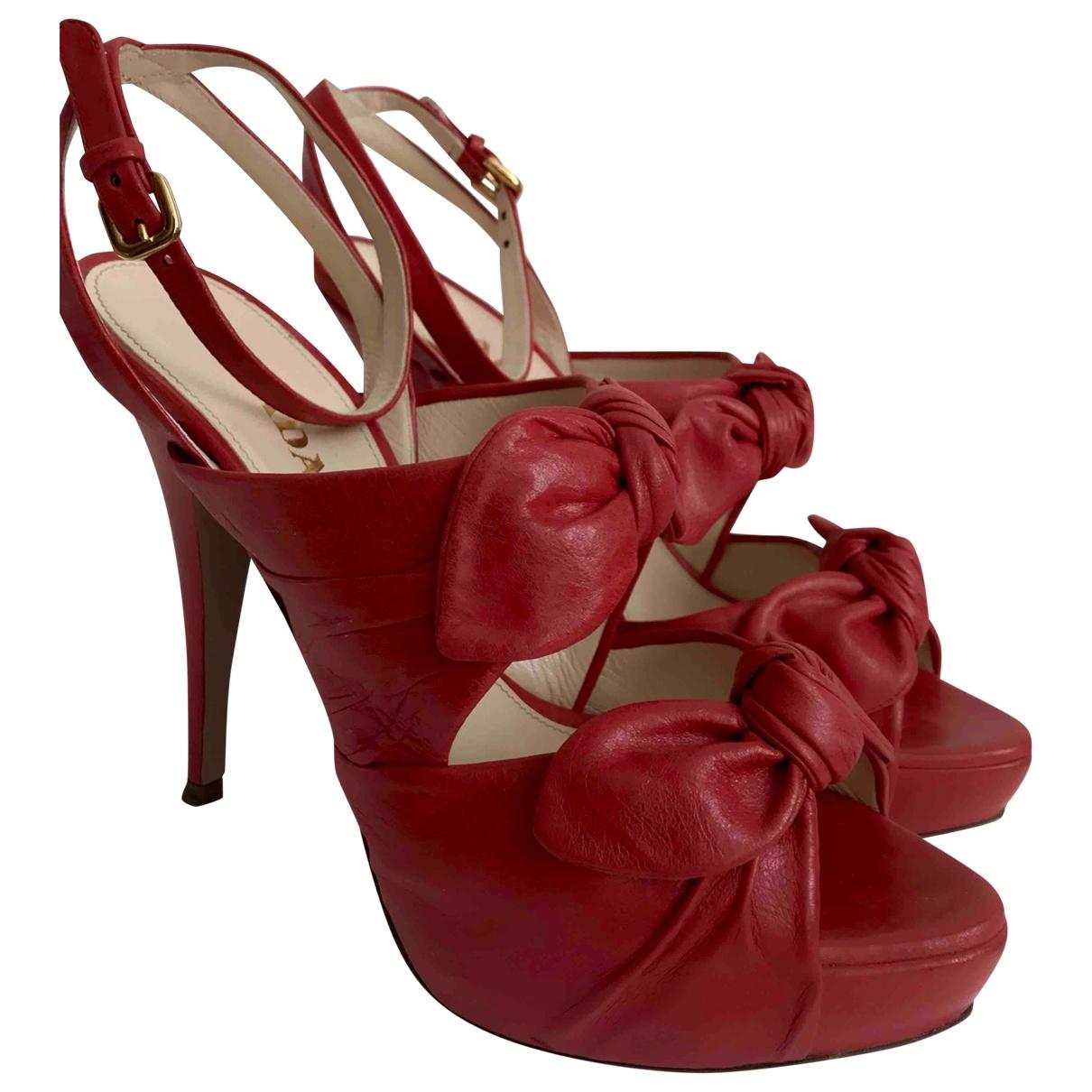 Prada - Sandales   pour femme en cuir - rouge