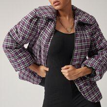 Mantel mit Puffaermeln, Taschen Klappen, Reissverschluss und Karo Muster