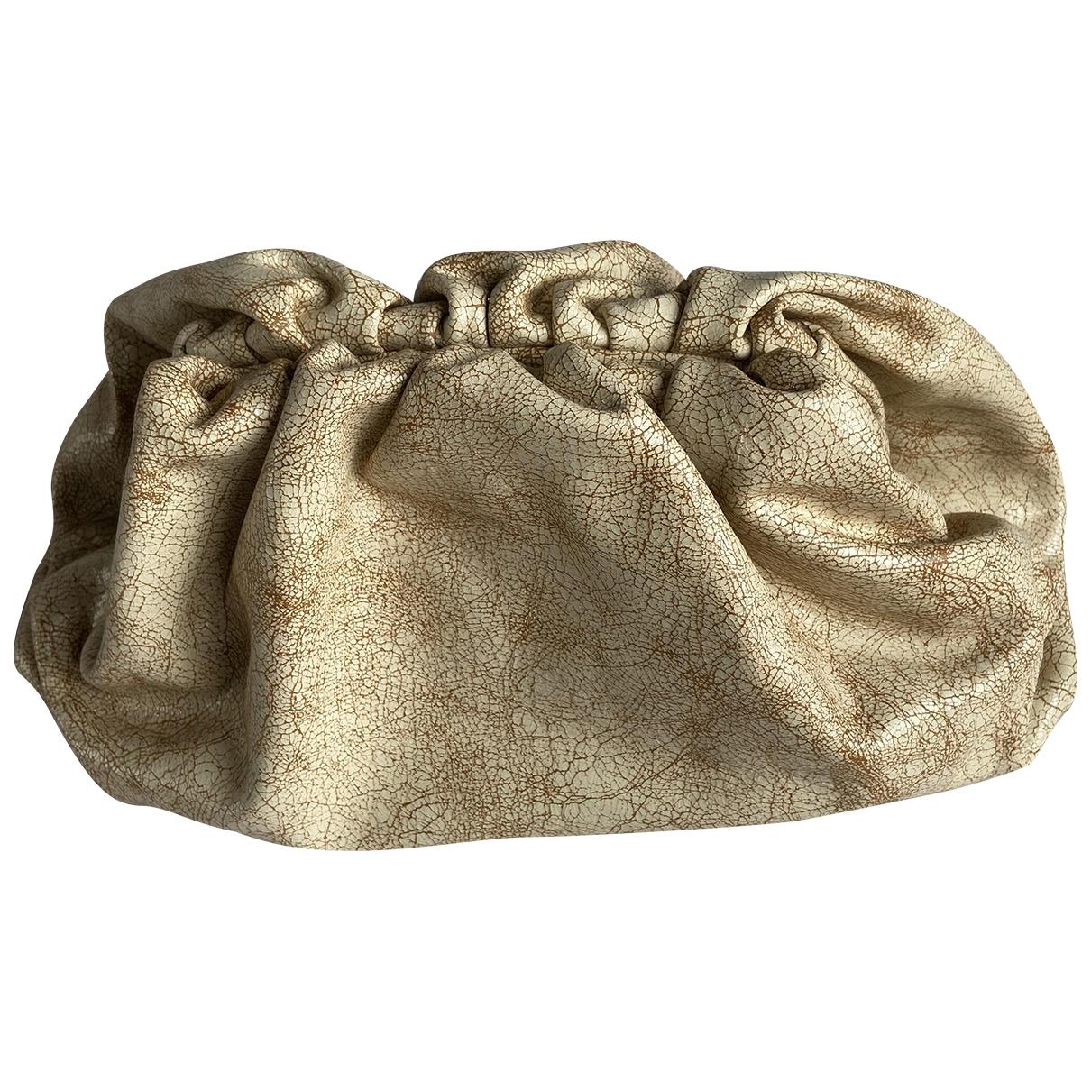 Bottega Veneta - Pochette Pouch pour femme en cuir - beige