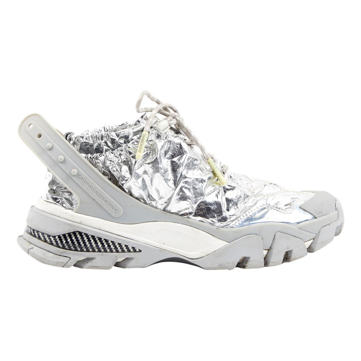 Calvin Klein 205w39nyc Carlos 10 Sneakers in  Silber Leinen