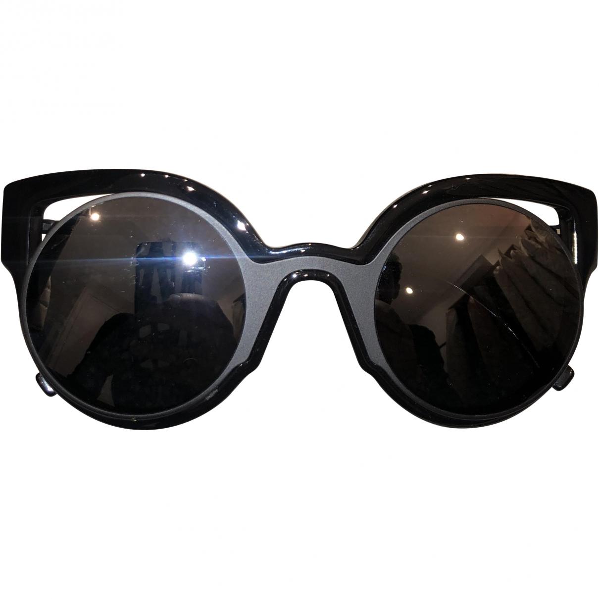 Fendi \N Black Sunglasses for Women \N