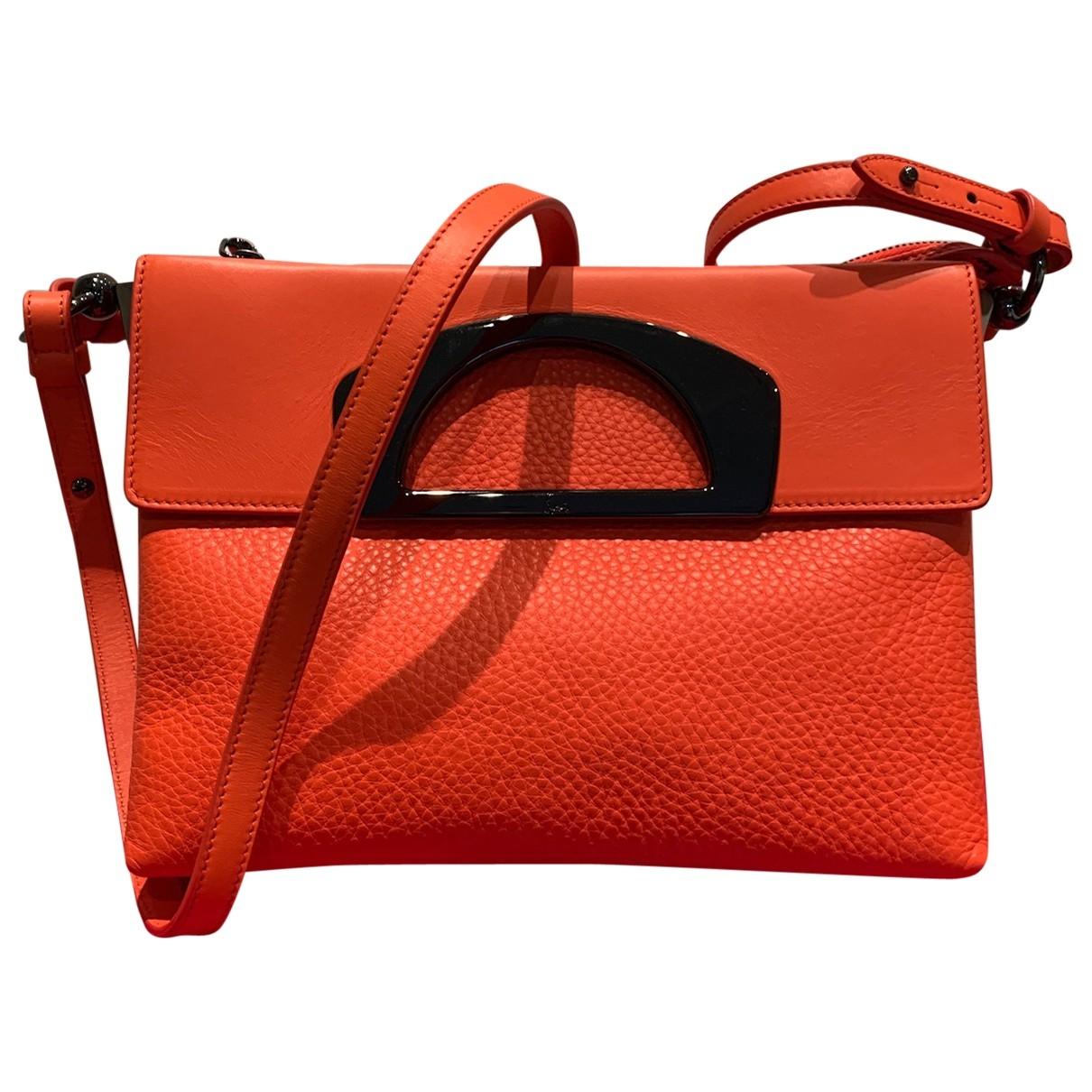 Christian Louboutin Passage Handtasche in  Orange Leder