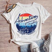 T-Shirt mit Berg & Buchstaben Grafik
