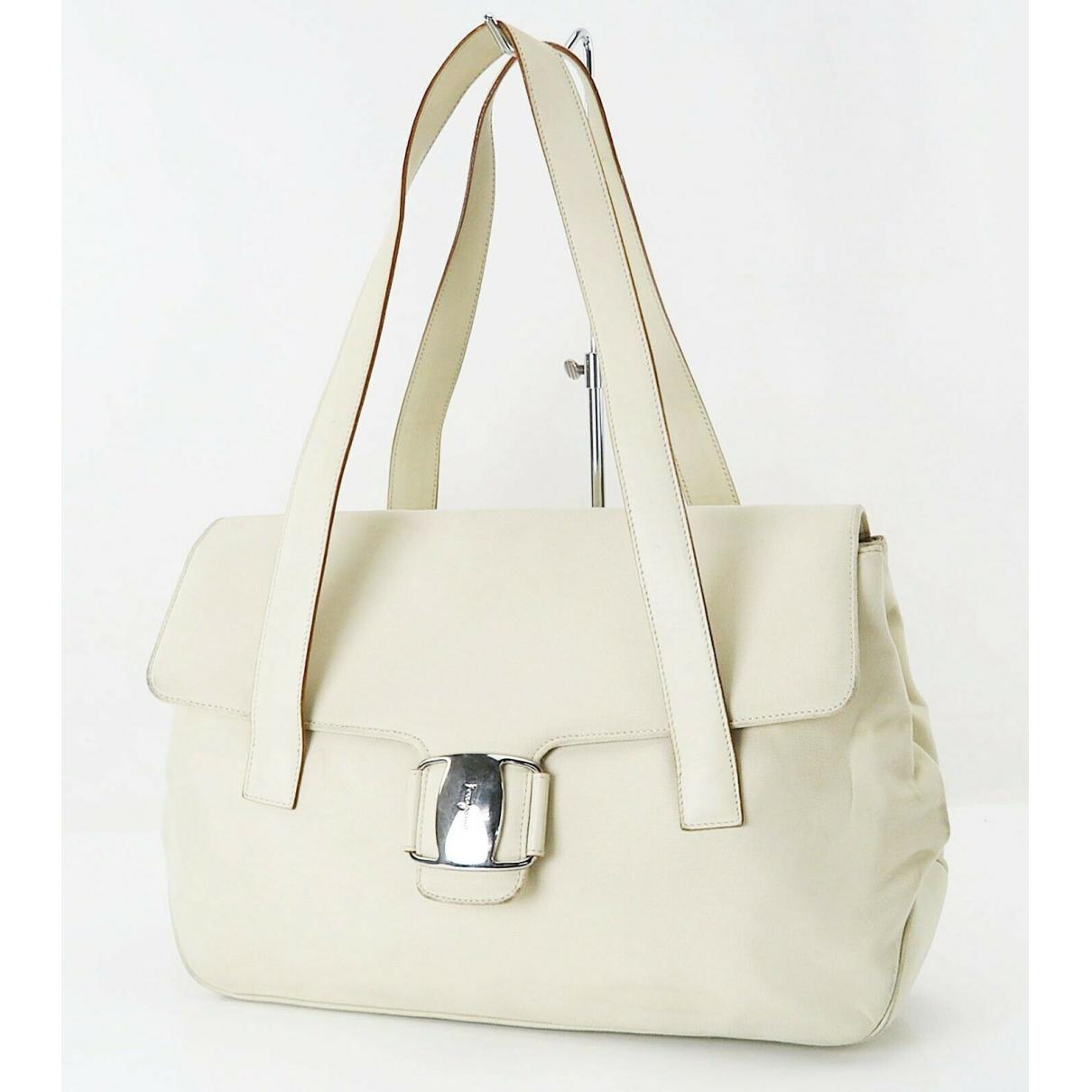 Salvatore Ferragamo \N White Leather handbag for Women \N