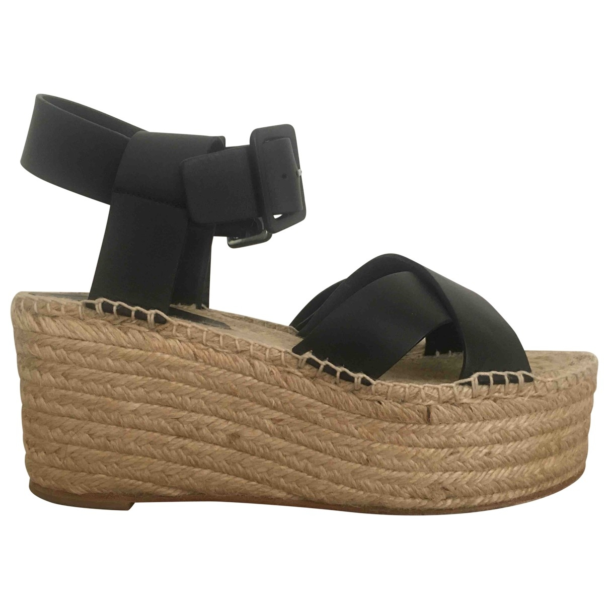 Celine \N Black Leather Sandals for Women 38 EU