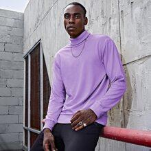 Einfarbiger Pullover mit Rollkragen