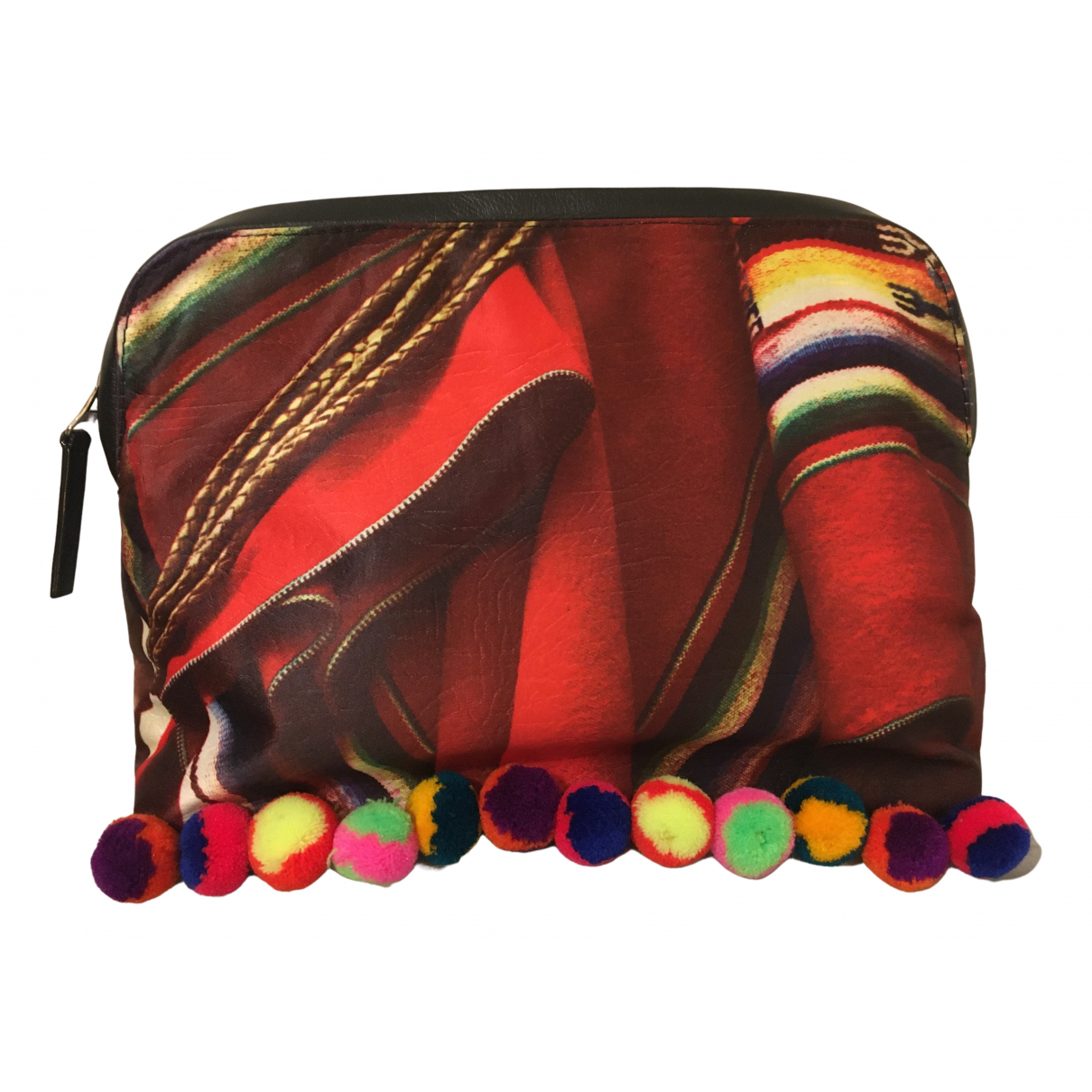 Mate \N Clutch in  Bunt Polyester