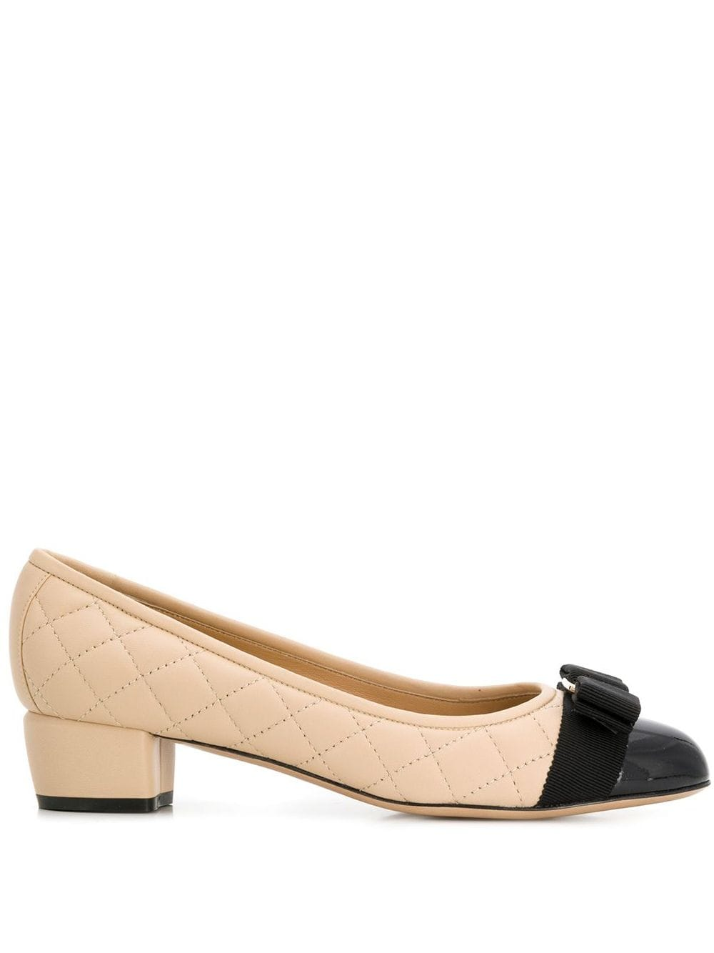 Vara Q* Leather Pumps