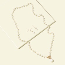 1 Stueck Halskette mit Kunstperlen Dekor & 1 Paar Ohrringe