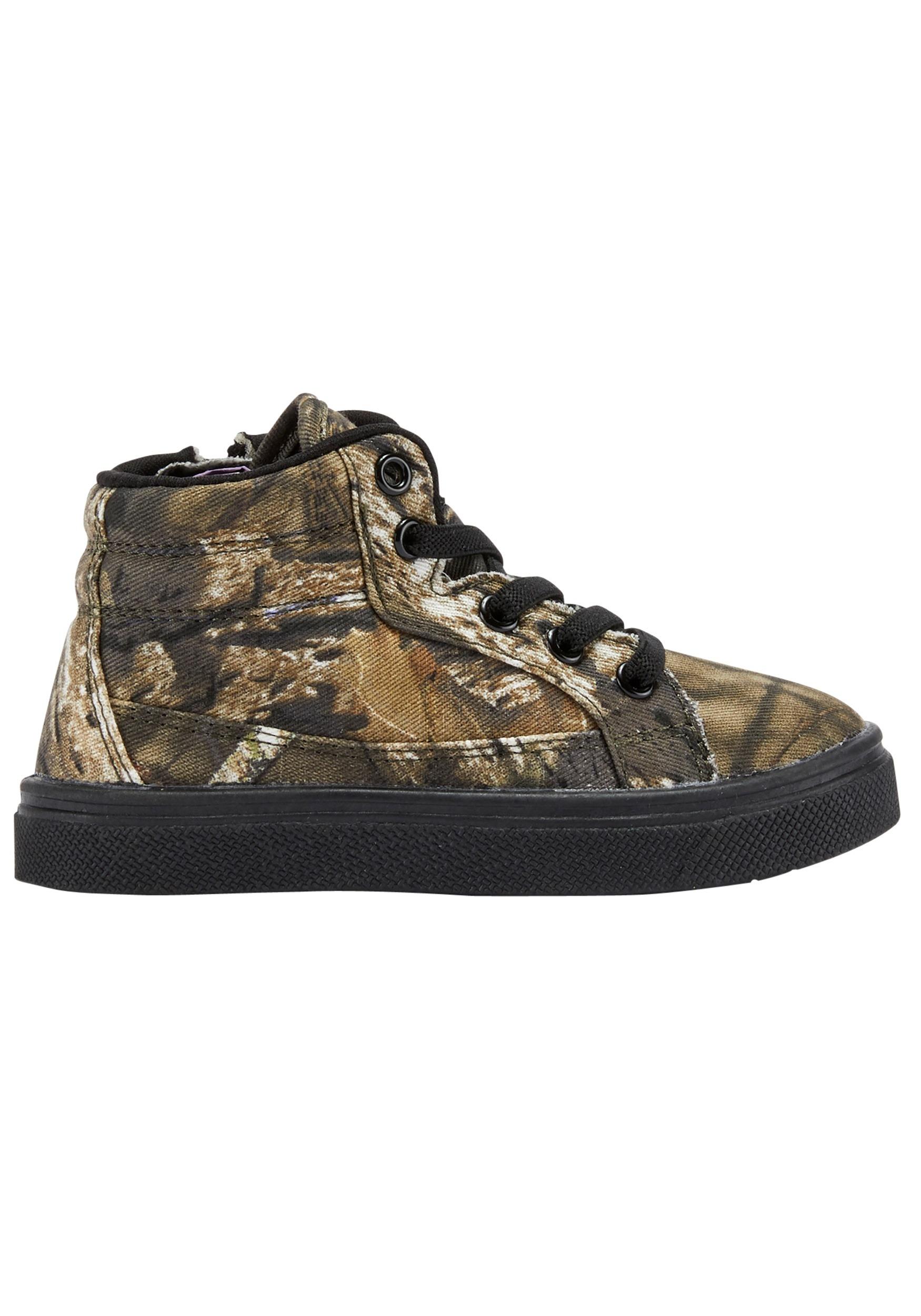 Break Up Country Tyler Child Mossy Oak Shoes