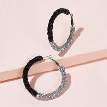 Pendientes de aro con diseño de diamante de imitacion de dos colores 1 par