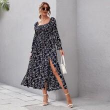 Kleid mit gesammelten Ärmeln, Rueschen, Schlitz und Blumen Muster