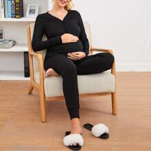 Maternity Einfarbiges Top mit halber Knopfleiste & Hose Set