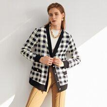 Mantel mit Knopfen vorn, Kontrast am Saum und Karo Muster
