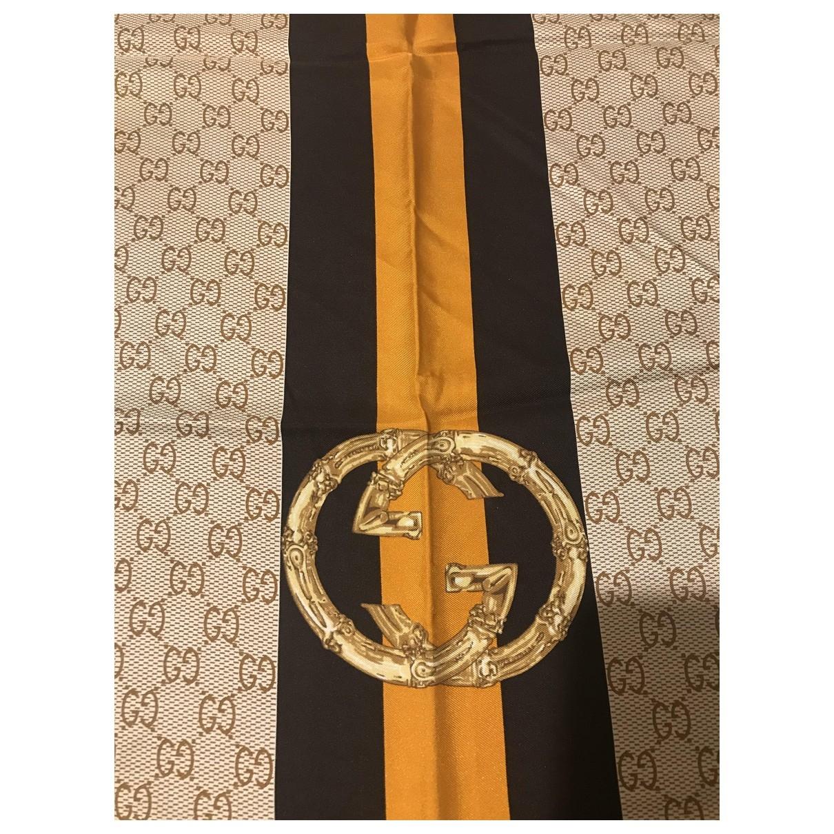 Gucci \N Schal in  Gold Seide