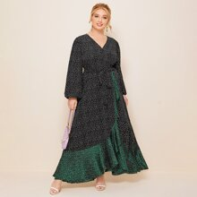 Kleid mit Laternenaermeln, Selbstguertel, Kontrast Rueschenbesatz und Punkten Muster