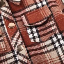 Jacke mit Karo Muster und Taschen Klappen
