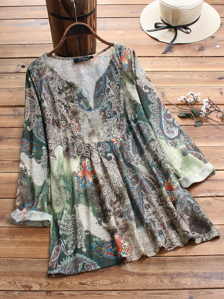 Vintage Print V-neck Plus Size Blouse