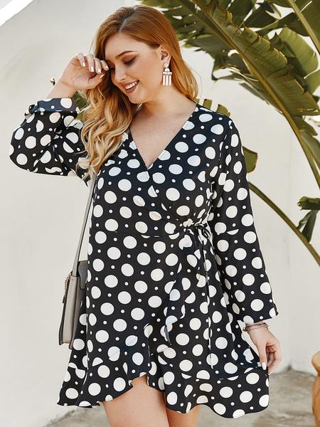 Yoins Plus Size Wrap Design Polka Dot V-neck Long Sleeves Dress