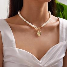 1c Collar con decoracion de perlas de imitacion con dije de corazon
