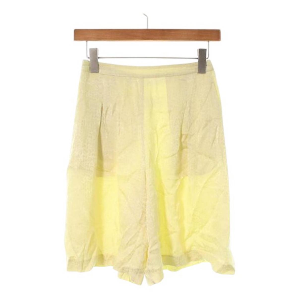 Maison Martin Margiela \N Shorts in  Gelb Seide