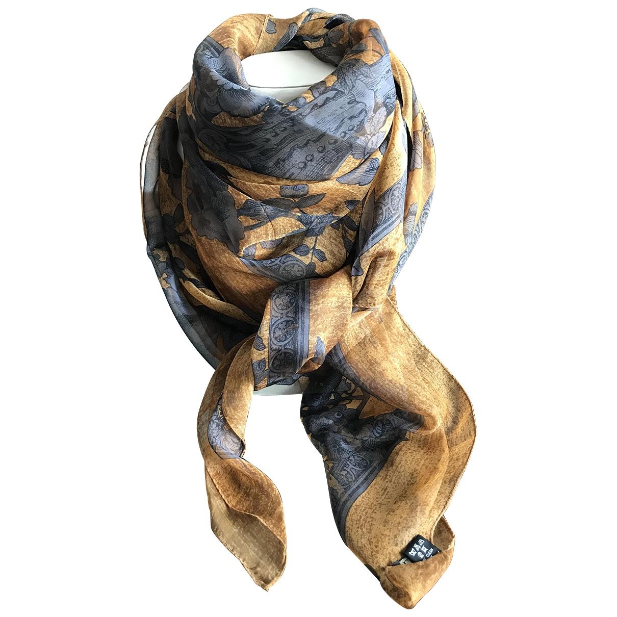 Gianfranco Ferré \N Camel Silk scarf for Women \N