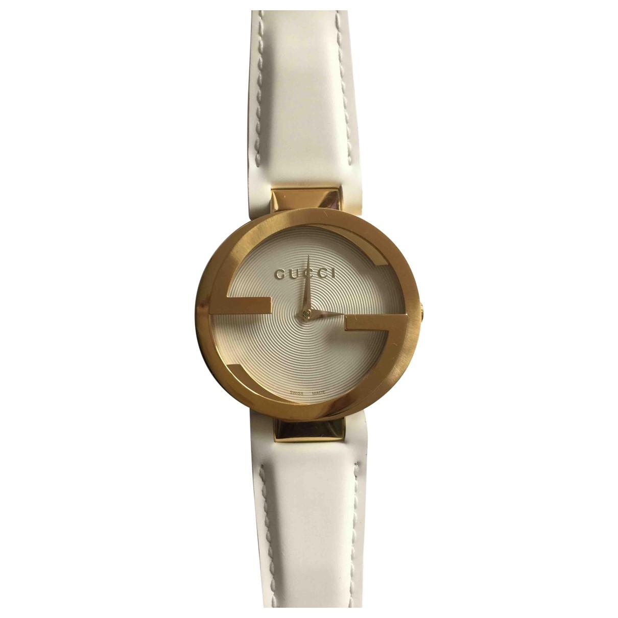 Gucci Interlocking Uhr in  Gold Stahl