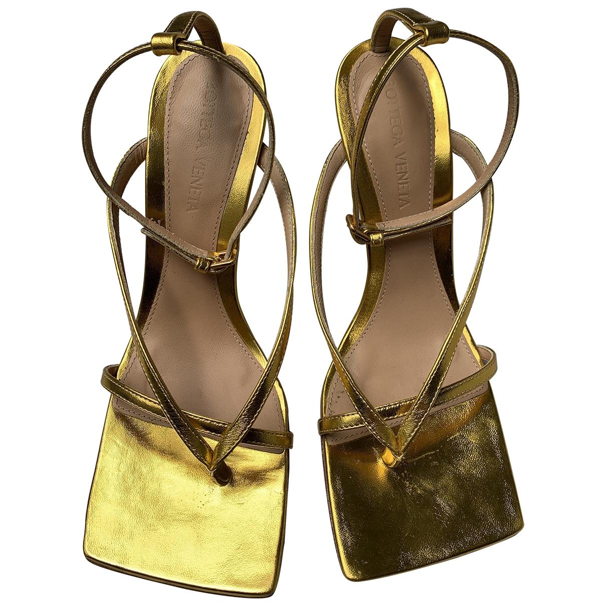 Bottega Veneta \N Gold Leather Sandals for Women 36 EU